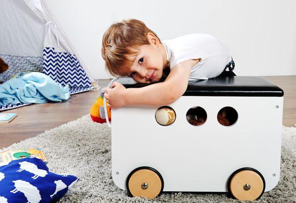 Spielzeugkiste mit Rollen 'Jim'