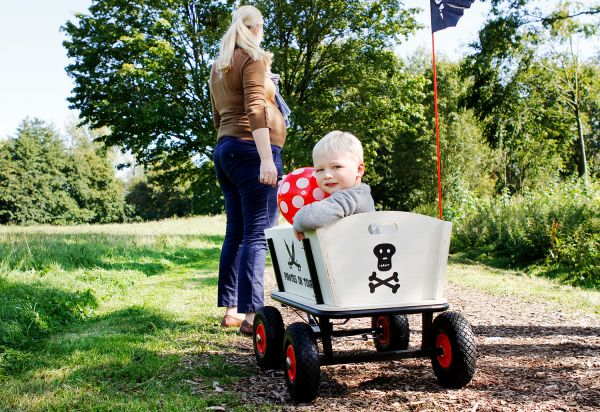 Bollerwagen 'Pirat Jack' mit Bremse